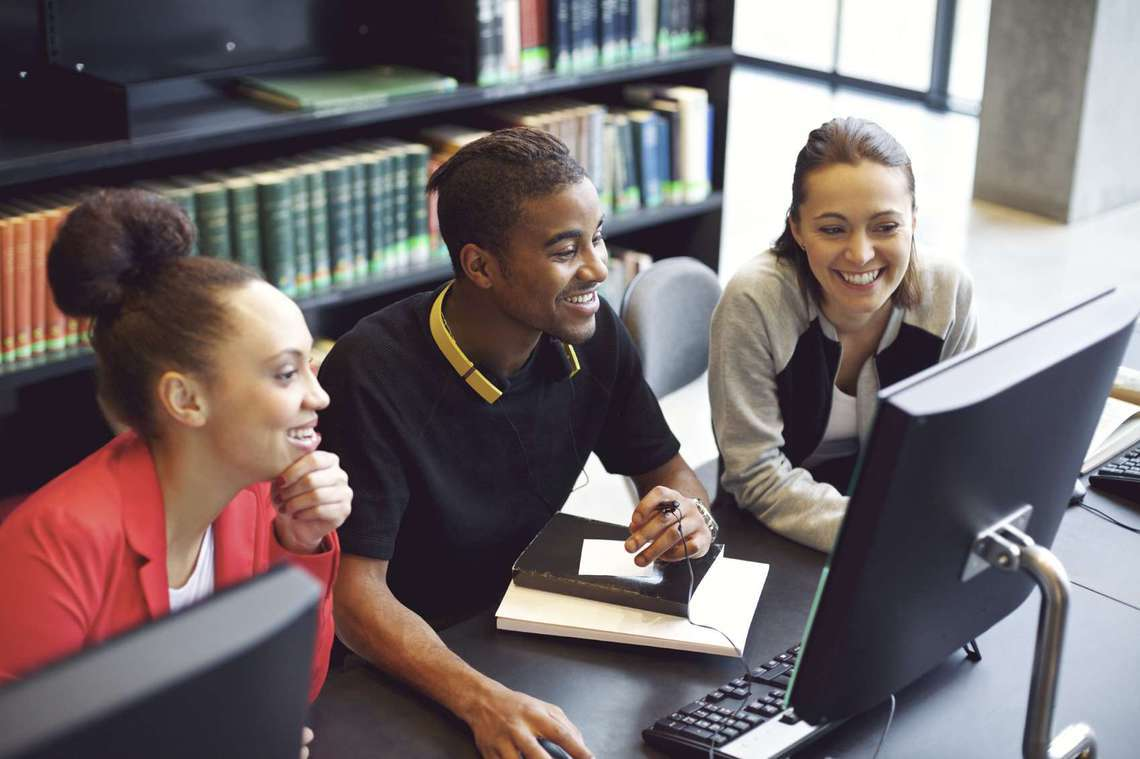 5 tips for college students to build their resume CareerBuilder
