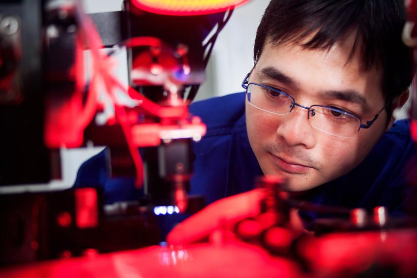 Mechanical engineer jobs - designing equipment